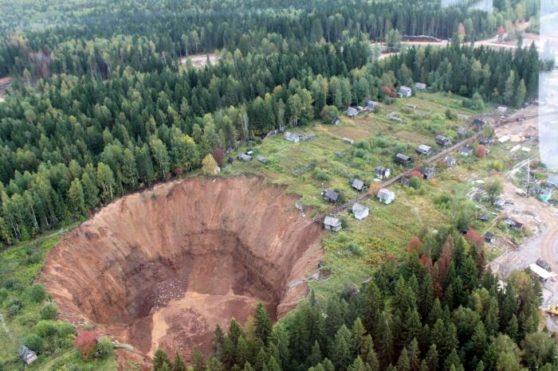 solikamsk-sinkhole-russia